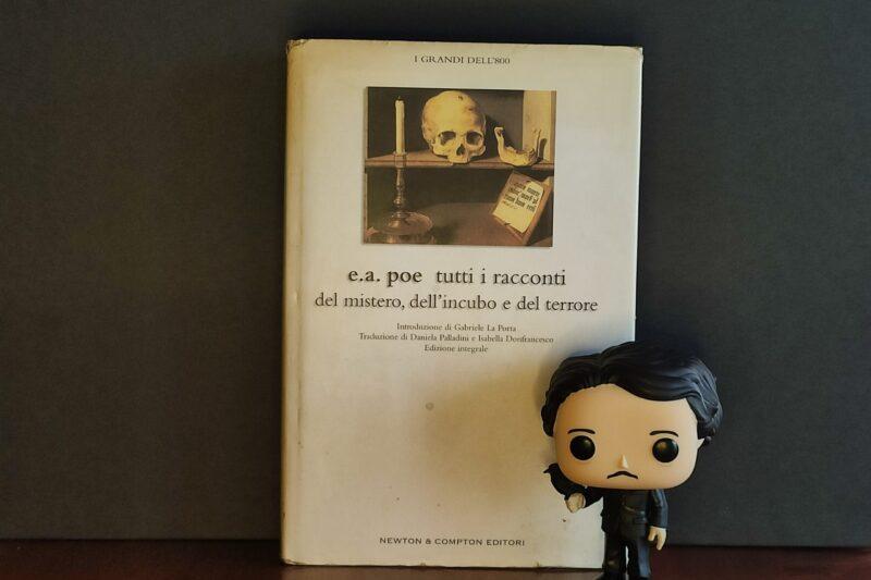 Funko Pop di Edgar Allan Poe con corvo.